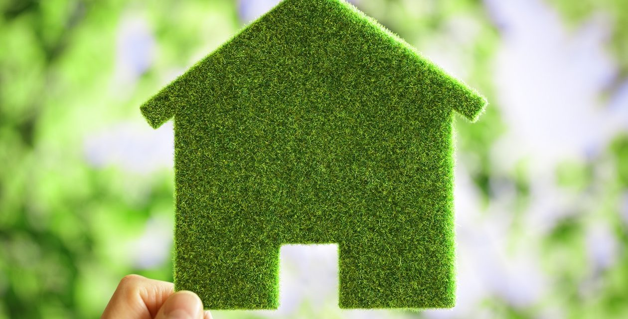 https://centredentaireaudreyrathe.com/wp-content/uploads/2019/01/green-eco-house-environmental-background-PPF6RH6-1260x640.jpg